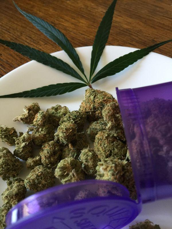 cannabis-medicinal-una-ayuda-para-paliar-los-efectos-secundarios-de-la-quimioterapia