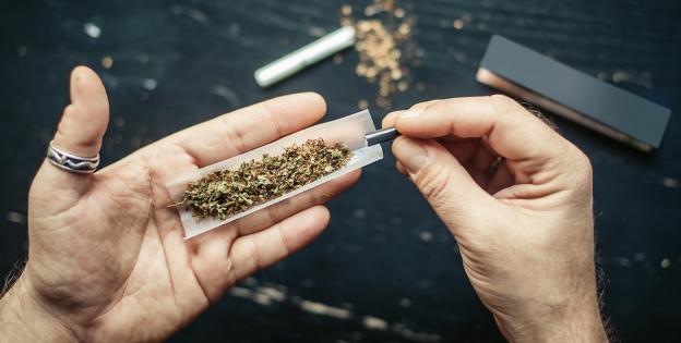 Cannabis mezclado con tabaco