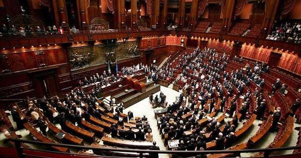 Il tortuoso cammino Ideologie parlamento ital